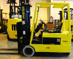 Used Hyster J35XMT Electric Forklift